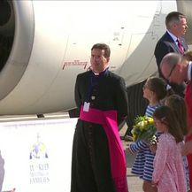 Papa Franjo pri posjeti Irskoj dobio oštre kritike (Video: Dnevnik Nove TV)