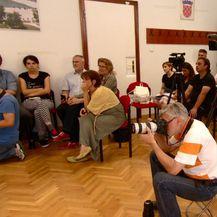 Gradonačelnik Bandić odgovara na pitanja o neumjerenoj izjavi (Foto: Dnevnik.hr) - 2