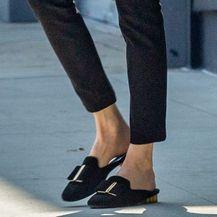 Angelina Jolie u hlačama skinny kroja - 2