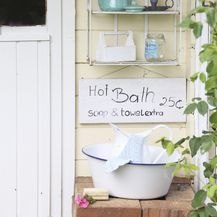 Šarmantna ljetna kućica uređena u neodoljivom shabby chic stilu - 2