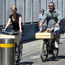 Liev Schreiber i Taylor Neisen (Foto: Profimedia)