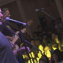 Thompson na koncertu (Foto: Dnevnik.hr)
