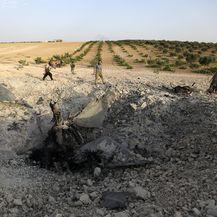 Džihadisti srušili zrakoplov sirijskog režima (Foto: AFP) - 2