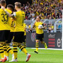 Slavlje igrača Borussije Dortmund (Foto: Guido Kirchner/DPA/PIXSELL)