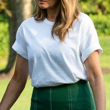 Bijelu majicu uvijek se isplati imati u ormaru