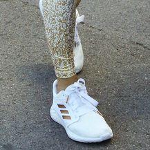Jennifer u tenisicama brenda Adidas