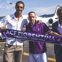 Ribery potpisao za Fiorentinu (Foto: Twitter)