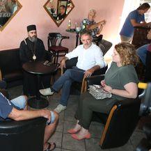 Predsjednik SDSS-a Milorad Pupovac posjetio je Uzdolje kod Knina (Foto: Dusko Jaramaz/PIXSELL)