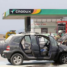 Planuo auto na ulasku u benzinsku u Splitu (Foto: Ivo Cagalj/PIXSELL) - 12
