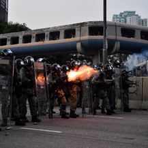 Novi neredi u Hong Kongu (Foto: AFP)