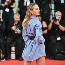 Candice Swanepoel na crvenom tepihu u Veneciji 2019. - 3