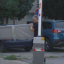 Radnica postavljaju detektore metala (Foto: Dnevnik.hr)