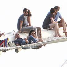 Jeff Bezos, Lauren Sanchez, Barry Diller, Diane Von Furstenberg (Foto: Profimedia)