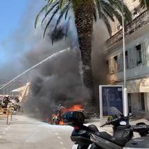 Požar na Rivi u Splitu