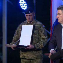 Zoran Milanović: Odlikovanje generala - 3