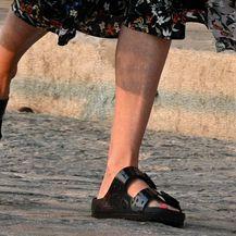 Charlize Theron u najudobnijem modelu natikača - 5