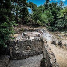 Grobnica i dobro očuvani ostaci svećenika iz Pompeja - 1