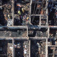 Požar uništio stambeni kompleks u Sarajevu - 7