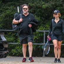 Russell Crowe i Britney Theriot