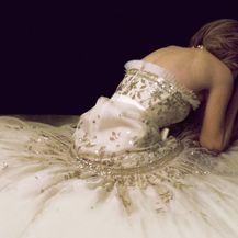 Modna kuća Chanel izradila je kopiju haljine princeze Diane koju Kristen Stewart nosi u filmu Spencer - 2