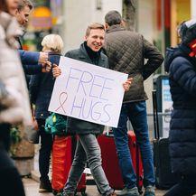 Besplatni zagrljaji dijelili su se u središtu Zagreba - 9