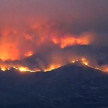 Požari haraju Kalifornijom (Foto: screenshot/Reuters)