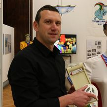 Igor Novaković, autor izložbe 30 godina Univerzijade \'87 (foto: Anamaria Batur)
