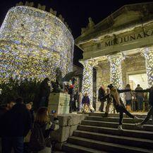 Paljenjem lampica započela manifestacija adventa na Trsatskoj Gradini (Foto: Pixell) - 3