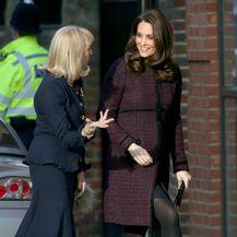 Catherine Middleton u kaputu brenda Seraphine