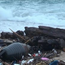 Jugo promijenio izgled plaže u Dubrovniku (Video: Dnevnik Nove TV)