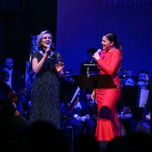 Nina i Vanna na koncertu Zagrebačke filharmonije i ansambla Husar & Tomčić - 5