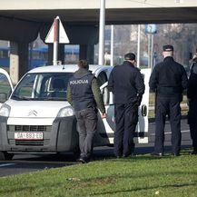 Opljačkano zaštitarsko vozilo na Žitnjaku (Foto: Zarko Basic/PIXSELL)