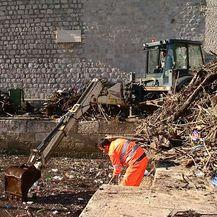 Čišćenje stare gradske luke (Foto: Dnevnik.hr) - 3