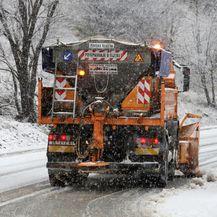 Snijeg (Foto: Goran Kovacic/PIXSELL)