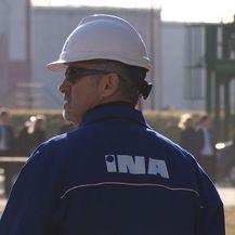 INA radnik (Foto: Dnevnik.hr)