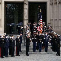 SAD-e ispratile svojeg bivšeg predsjednika Georgea H. W. Busha (Foto: AFP) - 11