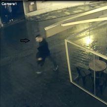 Policija traži ovog muškarca (Foto: PUZ) - 5