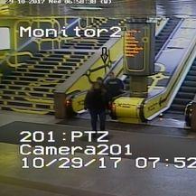Policija traži više osoba (Foto: PUZ) - 7