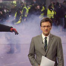 Tijekom prosvjeda u Parizu došlo do sukoba prosvjednika i policije (Video: Vijesti u 17h)