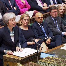 Britanska premijerka Theresa May tijekom rasprave u britanskom parlamentu o Brexitu (Foto: AFP)