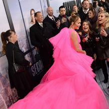 Jennifer Lopez u haljini poput šećerne vate - 8