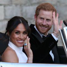 Harry i Megan prilikom odlaska na svadbeno slavlje u rezidenciju Frogmore House - 4
