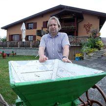 Miroslav Polovanec na svom OPG-u (Foto: Boris Scitar/Vecernji list/PIXSELL)