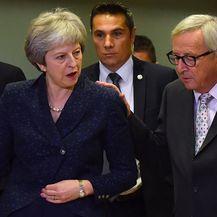 Theresa May i Jean Claude Juncker (Foto: Arhiva/AFP)