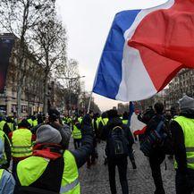 Prosvjed žutih prsluka u Parizu (Foto: AFP) - 5