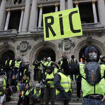 Prosvjed žutih prsluka u Parizu (Foto: AFP) - 7
