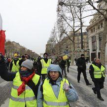Prosvjed žutih prsluka u Parizu (Foto: AFP) - 8