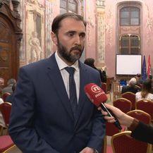 Krešimir Luetić, V. D. predsjednika Liječničke komore, i Sanja Vištica (Foto: Dnevnik.hr)