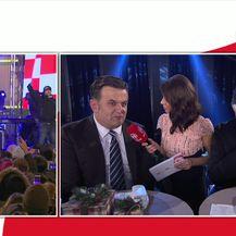 Andrija Jarak na humanitarnom koncertu Želim život (Video: Dnevnik.hr)