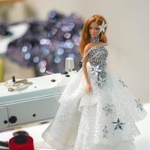 Juraj Zigman kreirao je haljine za Barbie lutke - 6